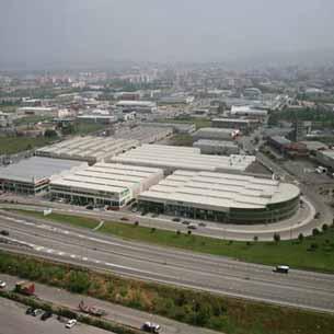 Naus industrials a Girona. Insnou