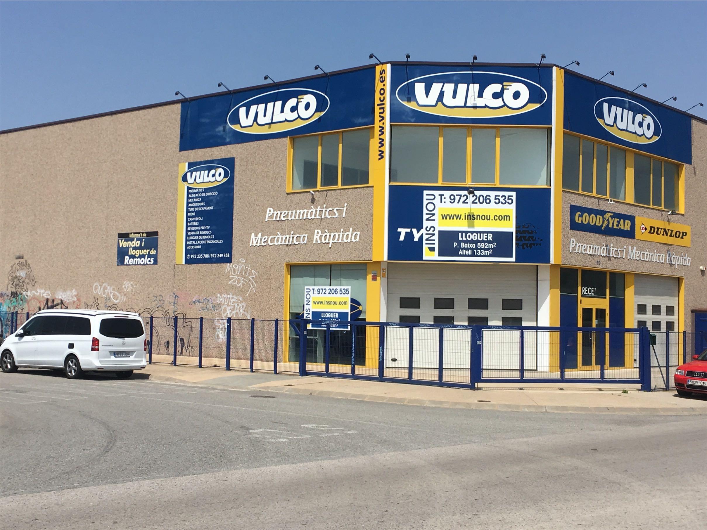 Nau industrial en venda a Girona Montfullà Salt Insnou